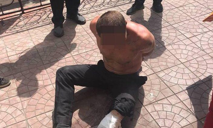 В Киеве полицейские прострелили ногу мужчине: Пострадавший бросался на патрульных с ножом