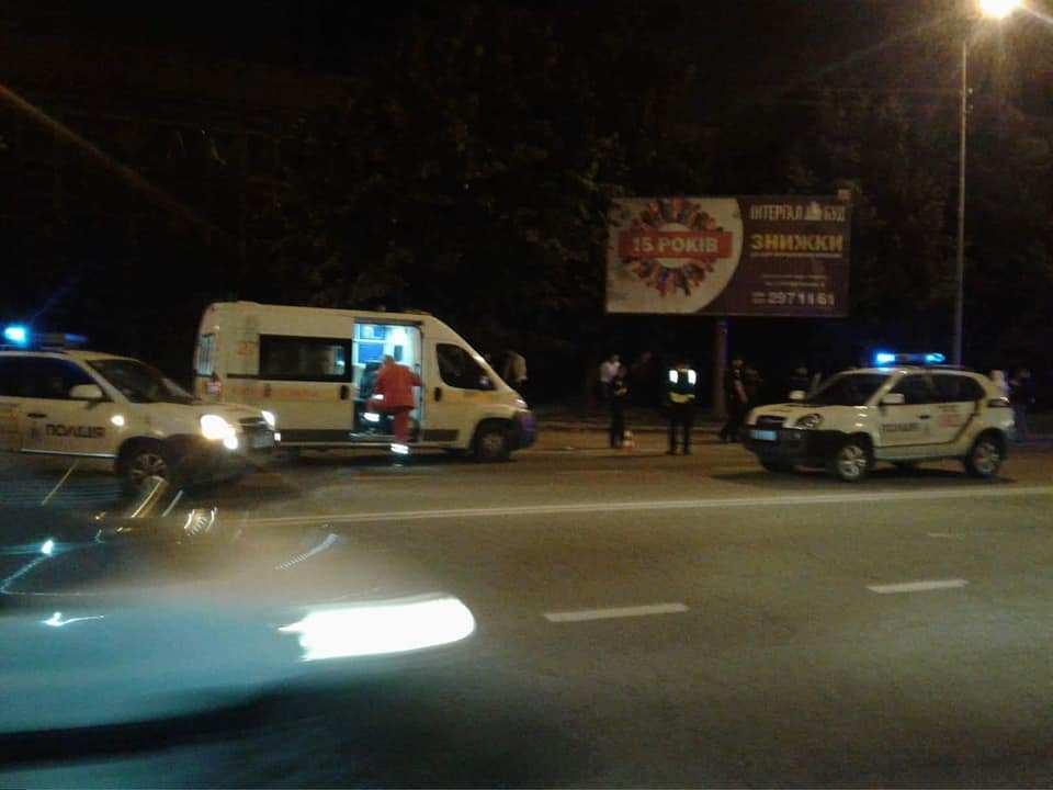 «Пытались ворваться внутрь»: Во Львове возле одного из клубов состоялась стрельба