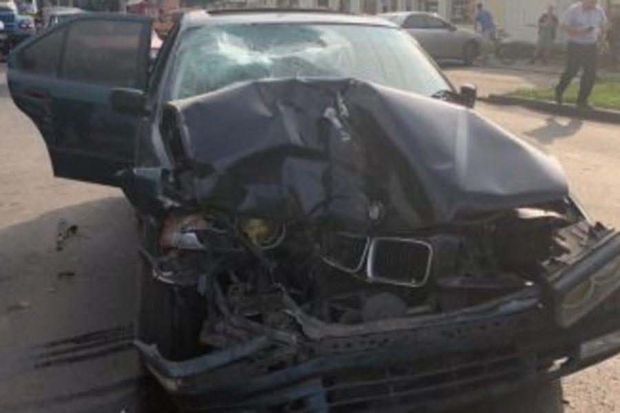 Жуткая ДТП в Черкассах: Водитель на скорости выехал на тротуар задавив мать с ребенком