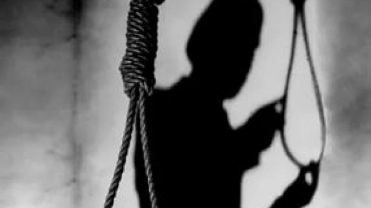 За месяц до свадьбы: В Прикарпатье после громкой ссоры молодая пара покончила жизнь самоубийством