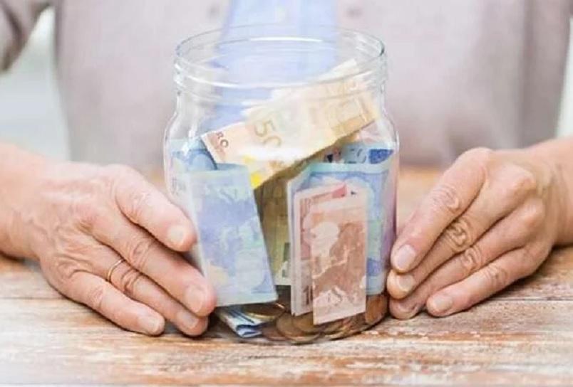 «Вырос прожиточный минимум и пенсии»: Сколько будут получать украинцы с сегодняшнего дня