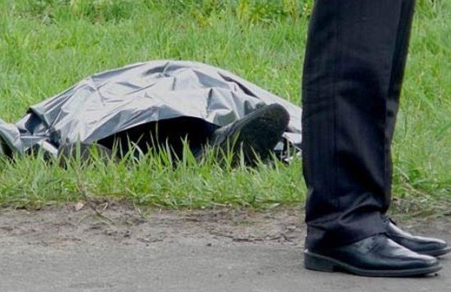 Его выписали из больницы но дома он так и не появился: Близ Тернополя посреди поля нашли тело мужчины