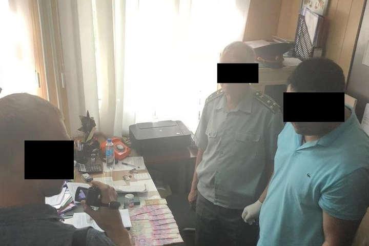 Взяточничество в рядах военных: В Запорожье погорел полковник запаса