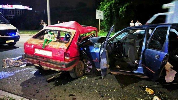 Смертельное ДТП в Запорожье: Автомобиль на скорости протаранил легковушку, есть жертвы