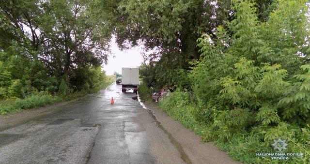 Жуткая ДТП в Винницкой области: Легковушка на скорости врезалась в грузовик