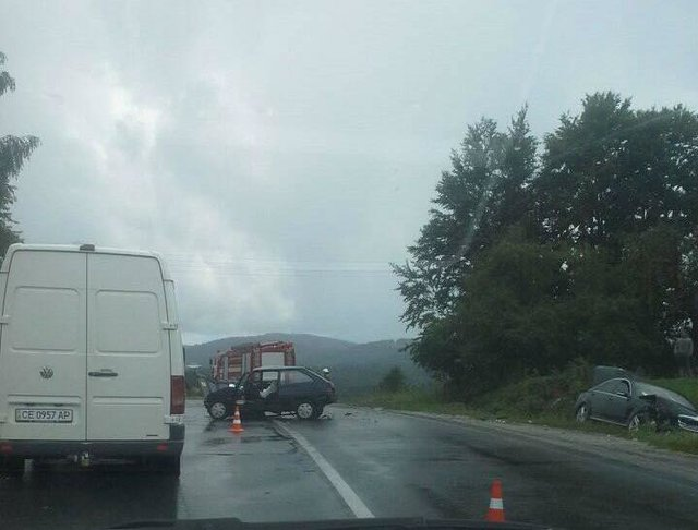 Смертельное ДТП во Львовской области: На скорости столкнулись три автомобиля, есть жертвы
