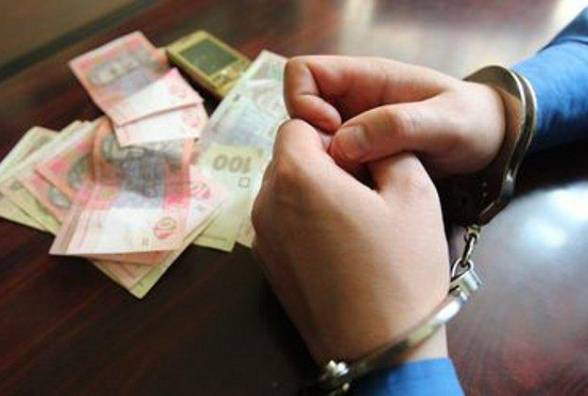 Взяточничество на Черниговщине: СБУ разоблачила следователя полиции