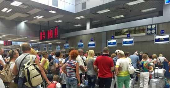 Еще 160 украинских туристов не могут вернуться в Украину, туроператор сделал важное заявление