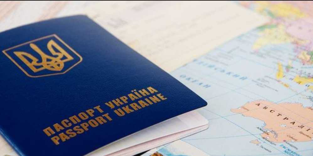 Загранпаспорт не нужен: для украинцев готовят новые правила вылета