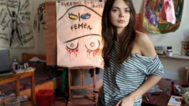 «Она повесилась в шкафу после ссоры со своим парнем»: Подруга рассказала детали самоубийства основательницы Femen