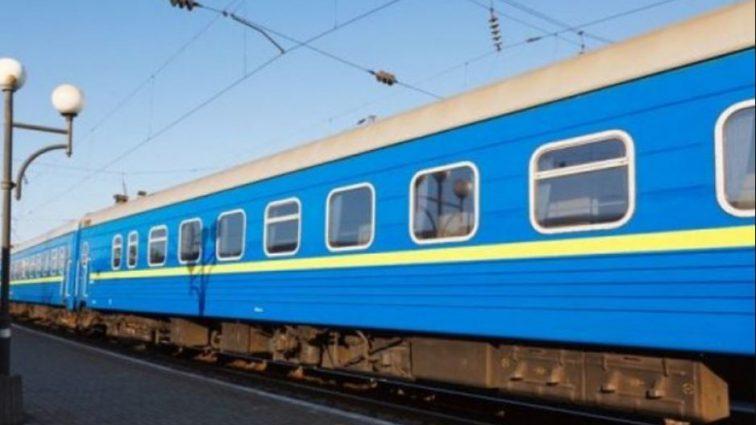 Одежда просто застрял там: поезд протащил женщину по перрону