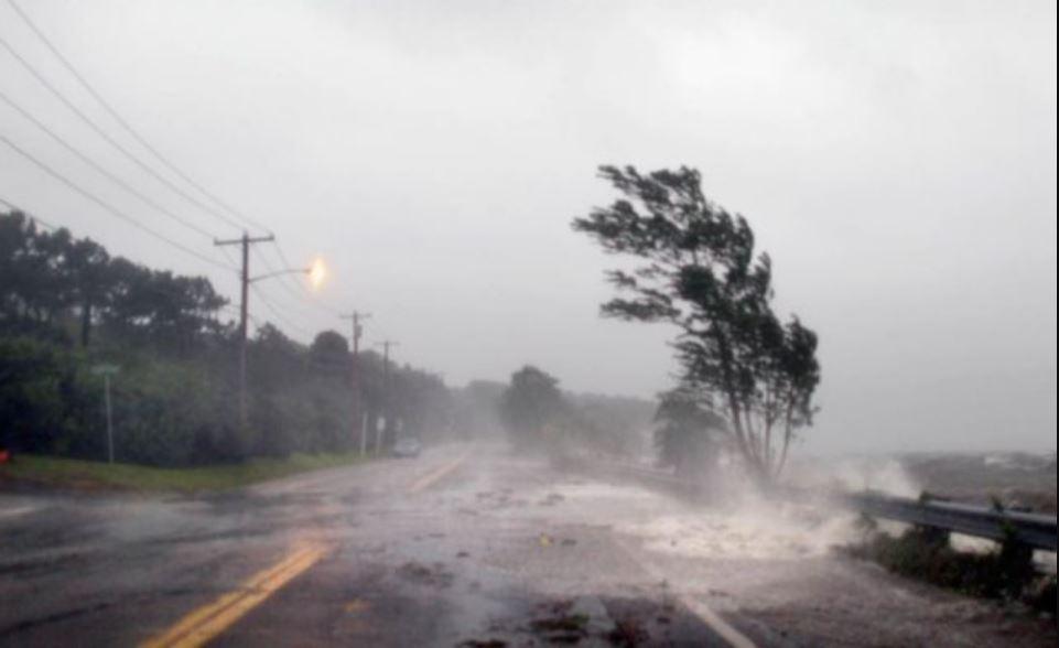Одессу накрыла разрушительная стихия: в Сети показали фото