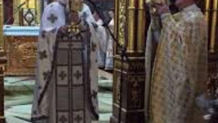 Развратный скандал гремит в церкви: среди пострадавших мальчик