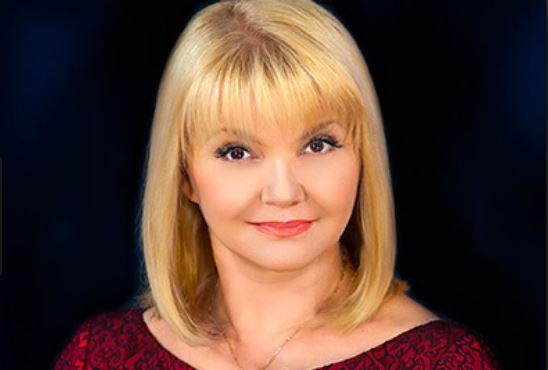 «Возмущает ассоциация с Интером»: Как и с кем живет легенда украинского телевидения, Светлана Леонтьева