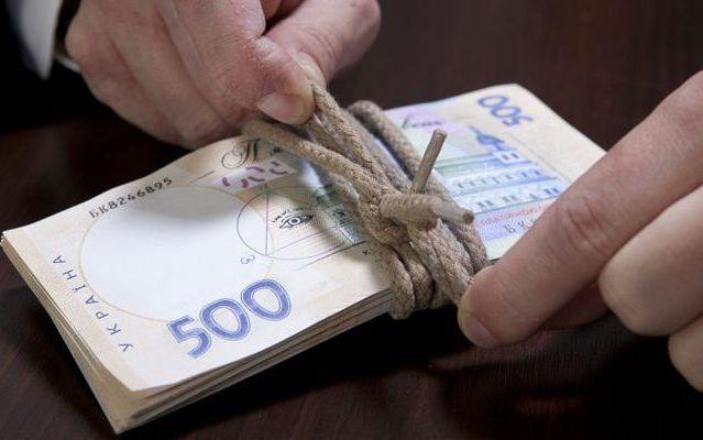 Налоги по кредитам: за что и как могут оштрафовать украинцев