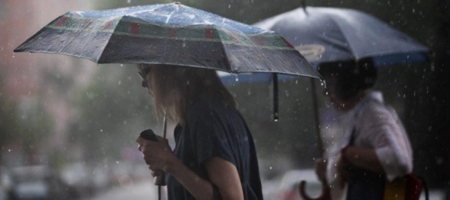 Сильные ливни с грозами и местами жара: каких сюрпризов ожидать от погоды уже завтра