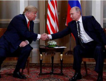 «Трамп подмигнул Путину»: В сети показали, как началась встреча двух президентов (Видео)