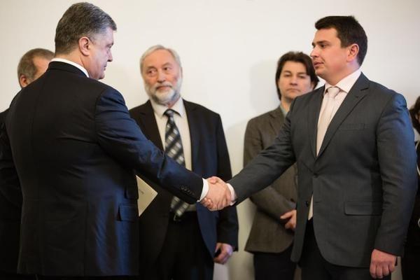 Народный депутат от «Блока Петра Порошенко» прокомментировал ночную встречу президента и Сытника