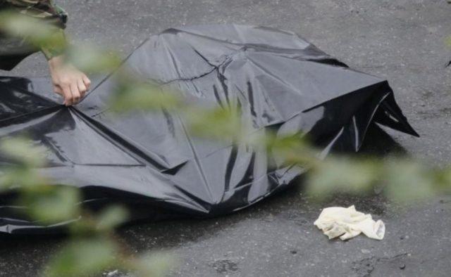 «Два дня пролежал на улице»: В Одессе в парке нашли тело мужчины