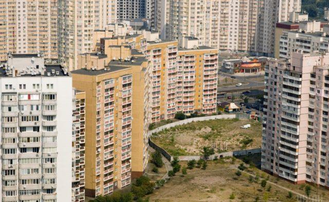 Застеклить балкон и не получить штраф: Что нужно знать украинцам о новых строительных нормах