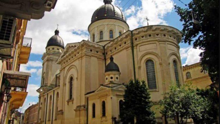 «Во Львове потоптали женское достоинство»: Священник рассказал о легализации проституции