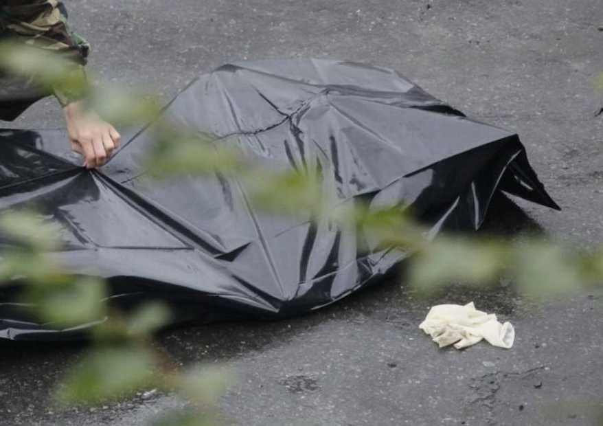 Неизвестный мужчина с ножом напал на посетителей ресторана: есть погибшие