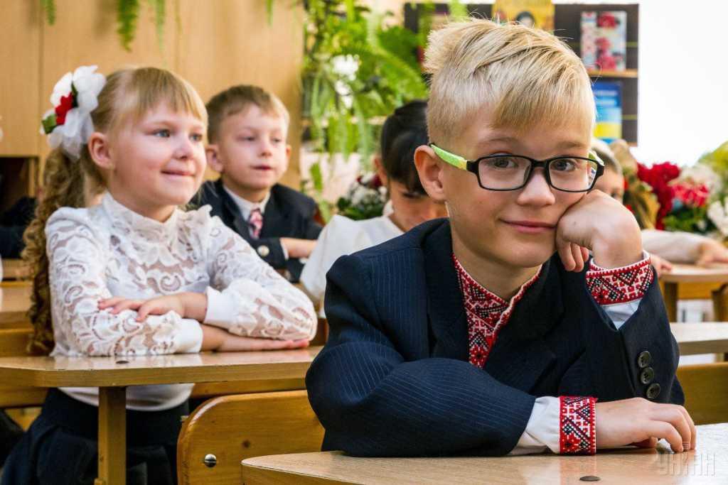 «Уже до конца года»: Порошенко рассказал об изменениях в украинских школах
