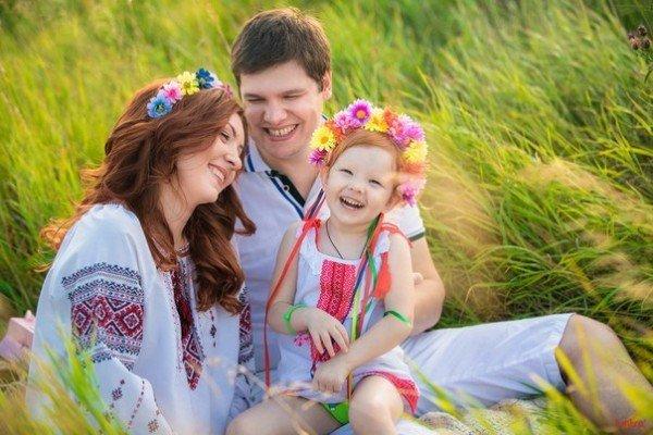 Як живе середня українська родина: з'явилася сумна статистика