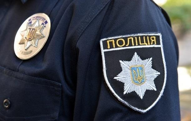 Ничего плохого не сделал: В Киеве полицейский жестоко избил подростка