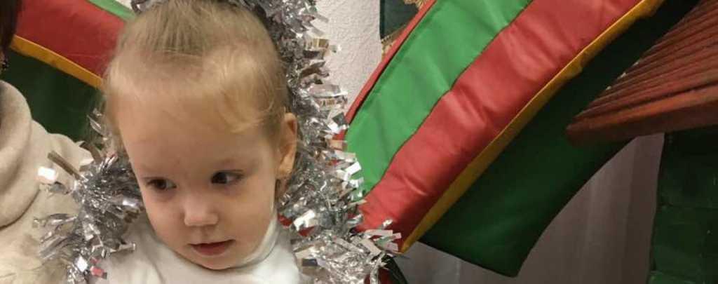 Семья ищет средства на оплату лечения: маленькая Анечка ждет на реабилитацию