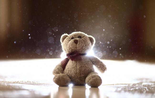 Оставили без присмотра, а когда вернулись то не могли найти: В Запорожской области трагически погибла трех летний ребенок