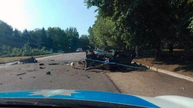 Жуткая ДТП на Львовщине: Водитель на большой скорости врезался в электрическую опору, пострадали дети