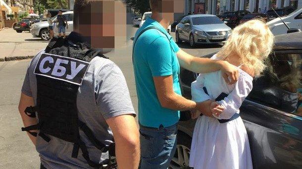 «Поймали с поличным»: В Одессе на крупной взятке задержали руководителя райотдела Нацполиции