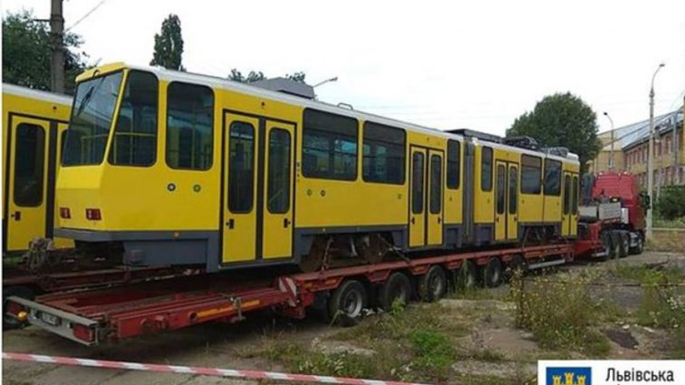 Двери не открываются, а характеристика совершенно не соответствует действительности: Львовские чиновники оскандалились с закупкой трамваев