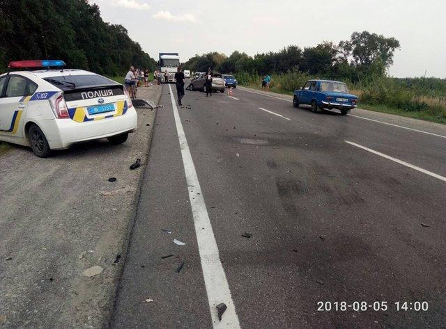 Страшное ДТП во Львовской области, среди пострадавших дети