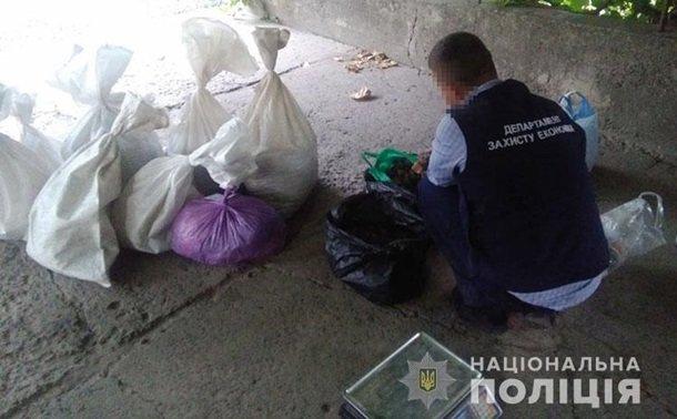 Во Ровенской области полиция изъяла рекордную партию янтаря