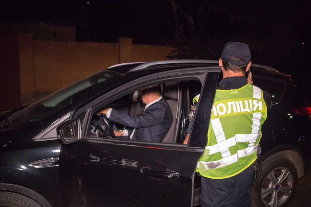 Рассекал пьяный за рулем: в Киеве экс-посол Украины в США отметился опасной выходкой