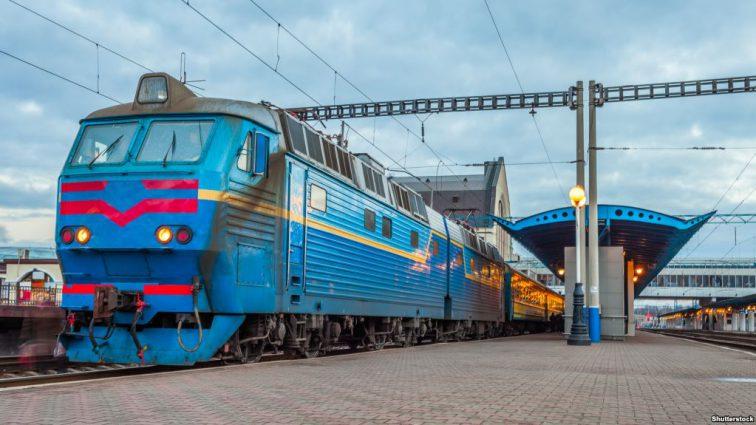 «Это просто ад»: В сети рассказали об ужасных условиях в поездах «Укрзализныци»