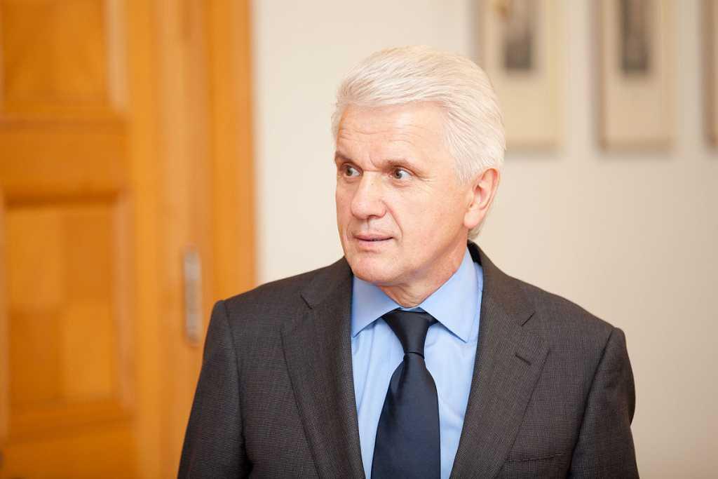 «Сыну тяжело вести бизнес в Украине»: Владимира Литвина поймали на откровенном признании