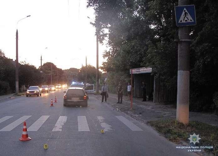 Жуткая ДТП на Львовщине: Женщина на иномарке на скорости врезалась в мотоциклиста, есть жертвы