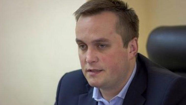 Холодницкий прокомментировал появление своей подружки в футбольной VIP-ложе
