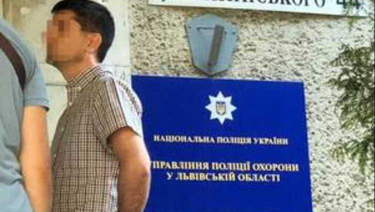 «Попался на горячем»: Во Львове задержали на взятке подполковника полиции