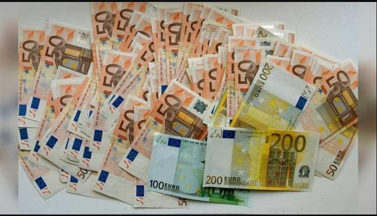 На Львовщине пенсионерка накопила 7 тысяч евро: надругался над бабушкой родной внук