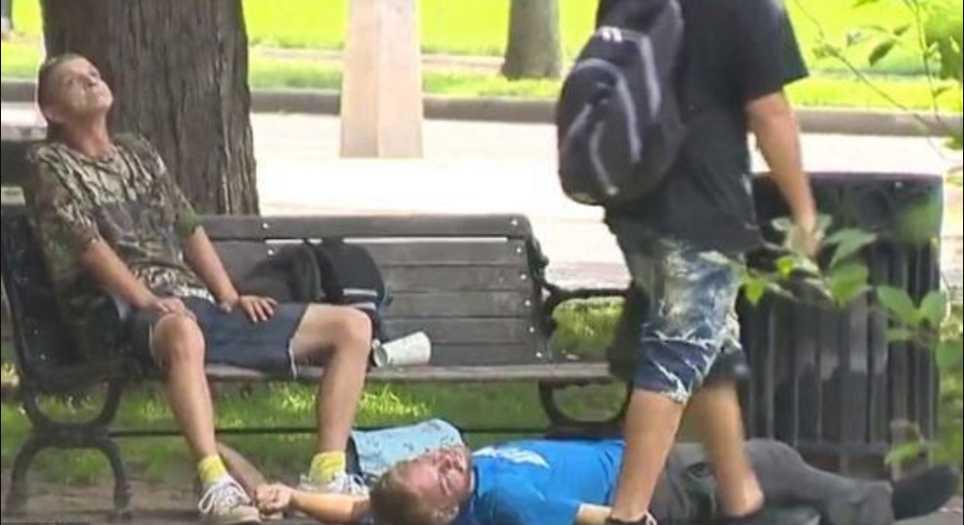 Массовая передозировка наркотиками: в парке у известного университета отравились почти 80 человек