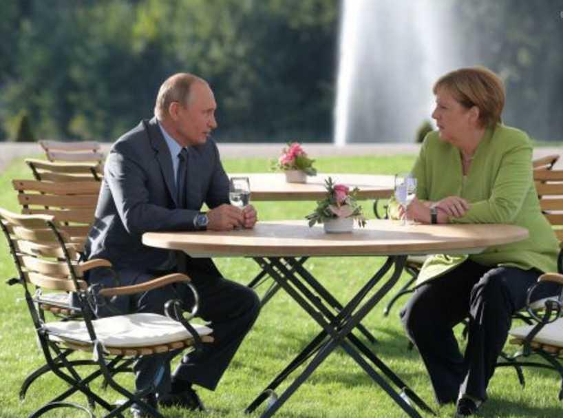 О чем говорили? В Германии завершились 3-часовые переговоры Меркель и Путина