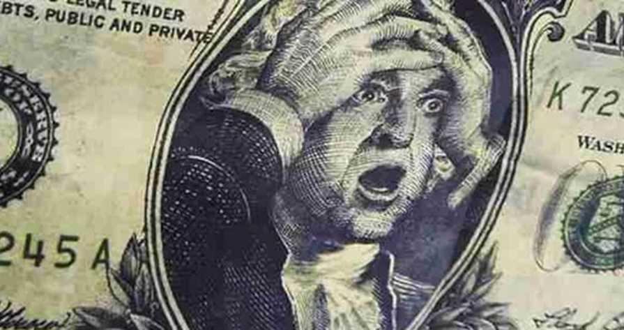 «Гривню уже ничего не спасет»: сообщили новый курс доллара