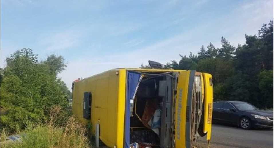 Страшное ДТП в Днепропетровской области: 13 человек пострадали