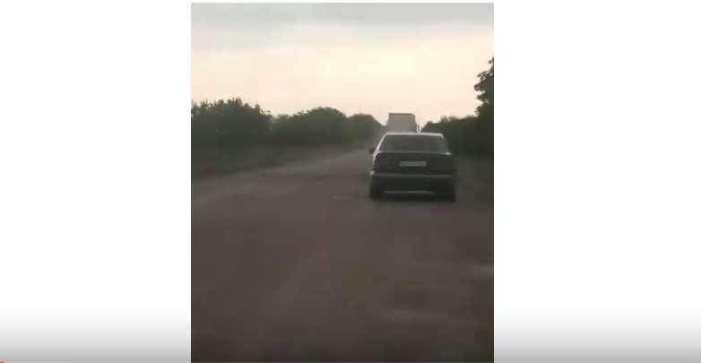 «Провезти чиновников мордами по асфальту»: Видео дороги в Украине разозлило пользователей Сети