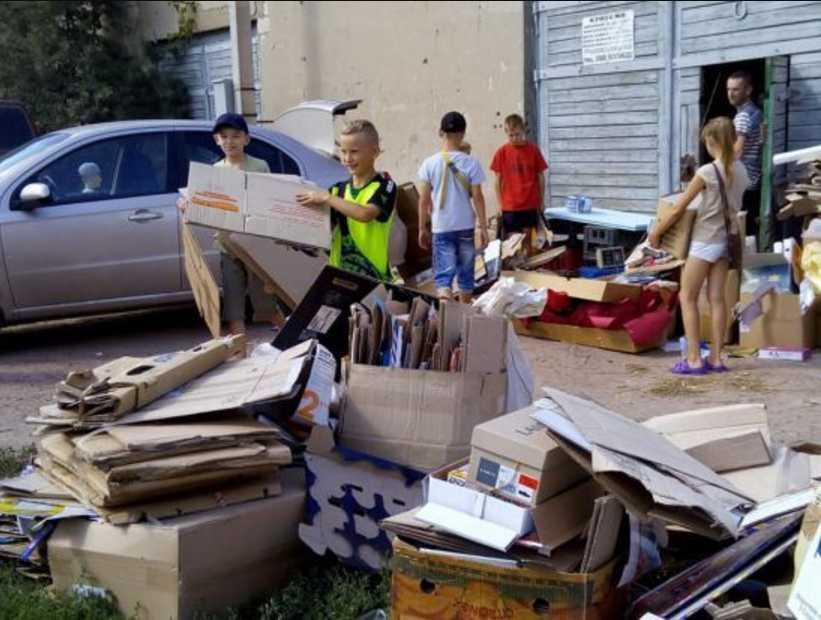 Пока Садовой катается Украиной: подростки взялись самостоятельно за создание скейт-парка