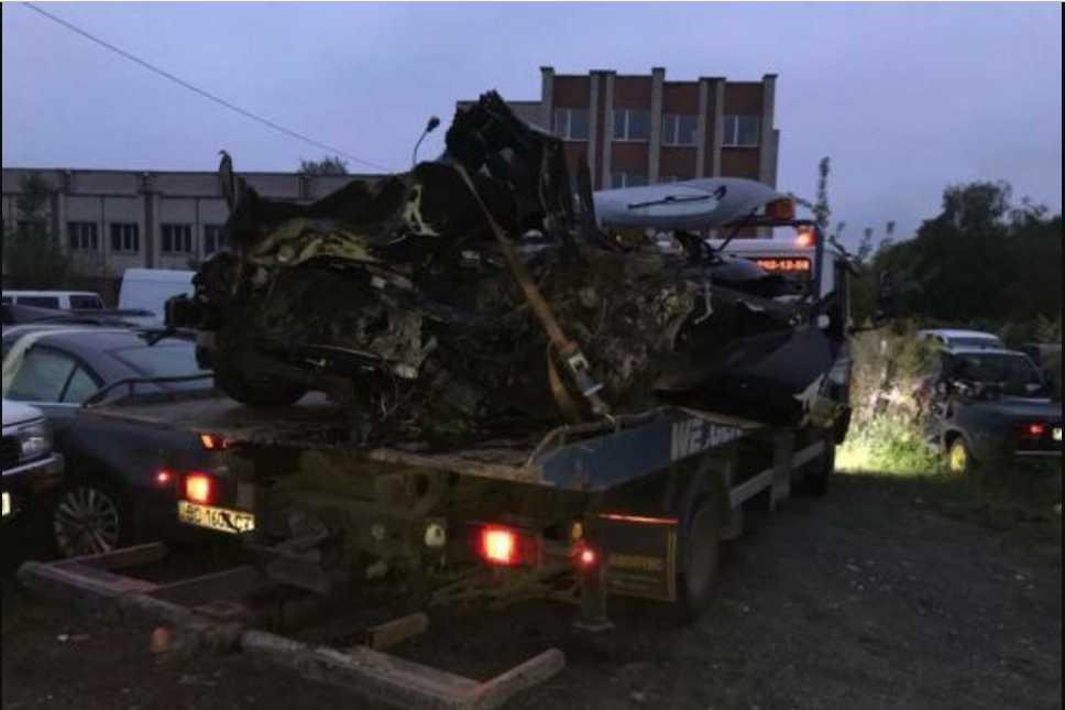 С авто остался один металлолом: возле Львова посреди ночи погиб водитель-иностранец